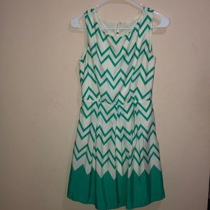 Casual teal/white patterned dress